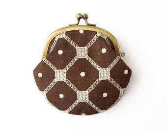 Metal frame coin purse // Embroidered Hazelnut Diamond