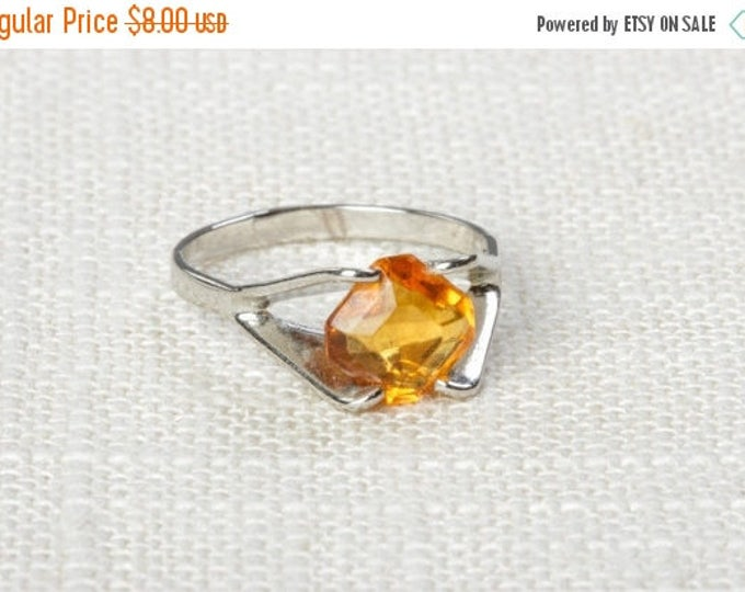 Yellow Rhinestone Vintage Ring Silver Citrine Small Orange US Womens Sizes Vary 7D