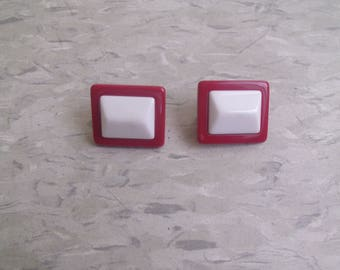 vintage clip on earrings red white lucite square