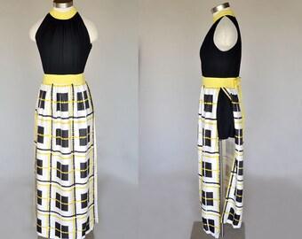 sleeveless 70s maxi dress | vintage yellow and black printed dress | shorts underneath | small
