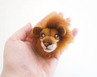 Lion, keyring, keychain, felt lion, needle felted, felt animal, Father's Day, made of wool, gift idea, kawaii, gift, cute animal.