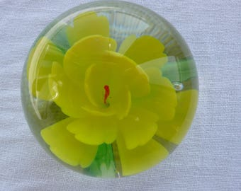 Small yellow glass flower paperweight 1970s