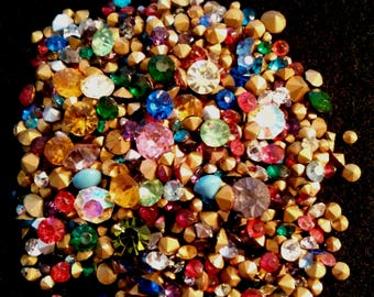 Lot of 150 Vintage Loose Chaton Rhinestones Mixed colors and sizes