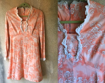 Peach Floral Dainty Girly Lace Trim 60's Long Sleeved Mini Dress