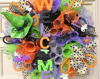 Halloween Door wreath - Halloween Wreath hanger - Halloween Door Decor - Halloween decoration - Welcome Wreath - Mesh Wreath