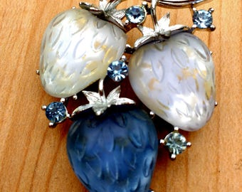 Rare Lisner Blue Strawberry Strawberries Pin Dark and Light Blue Jelly Lucite Thermoset With Rhinestones Signed