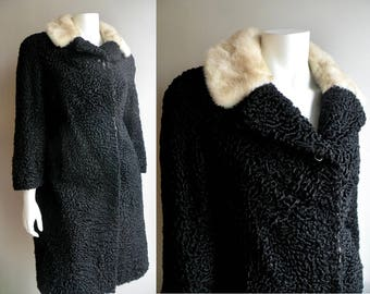 50s 60s Persian Lamb Coat with White Mink Collar -  M