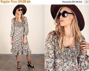 FLASH SALE 70s Spring Dress Vintage Black Smocked Floral Print Dress