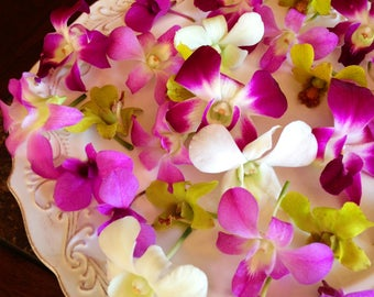 25 Organic, EDIBLE KARMA ORCHIDS, Purples, Blues, Pinks, Creams,Edible Flowers, Bulk, Karma Orchids, Wedding Cakes, Free Overnight Delivery