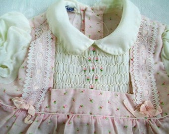 Vintage Adorable POLLY FLINDERS Pink with Tiny Roses Dress Smocked Toddler Dress Size 12 MO Vintage Baby Or Doll Clothes