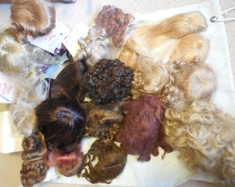Lot of 20 Various Doll Wigs mostly new