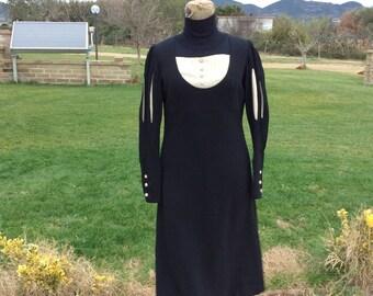Vintage tailored 40s black dress