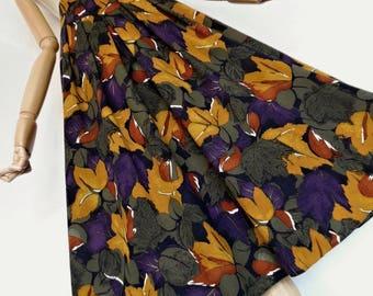 HAZELNUT FOLIAGE . Fabulous Pure Wool Autumn Leaves Print Midi Skirt 80s S/M