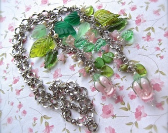 Floral Lariat, Floral Cluster, Lamp Worked Rose Lariat, Rose and Leaves, Bead and Link Chain, Romantic Summer, Pink Rose Lariat, Lamp Worked