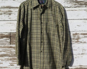 Pendleton Wool Shirt Men's Extra Large XL Green Black Plaid  100% Virgin Wool Pockets Cuffs Vintage Shirt
