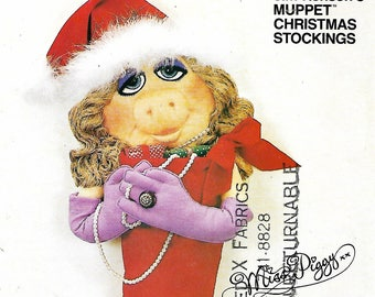 Vogue 8471 Miss Piggy Stocking Pattern, Jim Henson's Muppet Christmas Stocking