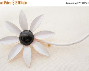 ON SALE Vintage Enamel Daisy Flower Brooch White with Black Center White Stem, Bridal Brooch Bouquet Pin