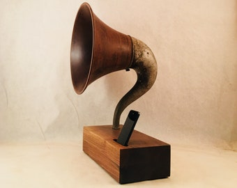 Acoustic Speaker, iPhone Speaker, Gramophone Speaker, Wireless Speaker, iPhone Amplifier, iPhone Amp, iPhone Stand, iPhone Dock,