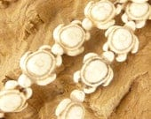 Vintage Look  White Turtle Stone Beads (6)