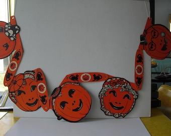 vtg paper Halloween garland