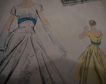 Vintage 1950's Vogue 4696 Evening Dress Sewing Pattern, Size 16, Bust 34