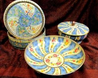 Vintage Three Piece Tin Set