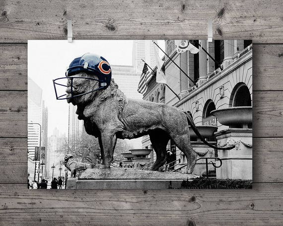 Chicago Bears Football Lion at Art Institute / Michigan Avenue Street Photography Print / Illinois Sports Fan Decor / Black & White Wall Art