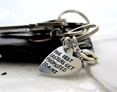 Aunt Pregnancy Announcement - The BEST sisters get promoted to AUNT - Surprise Baby Pinterest Gifts - Keychain for Sisters - Footprints