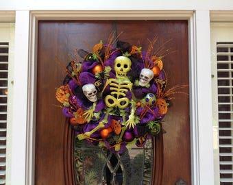 Green Glitter Skeleton Wreath