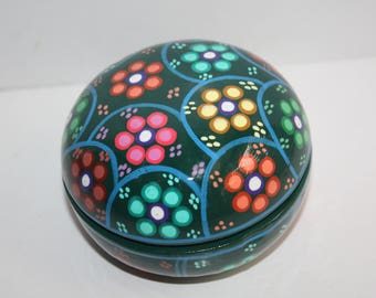 Vintage Ceramic Porcelain Trinket Box/Small Pottery Box/Painted Box