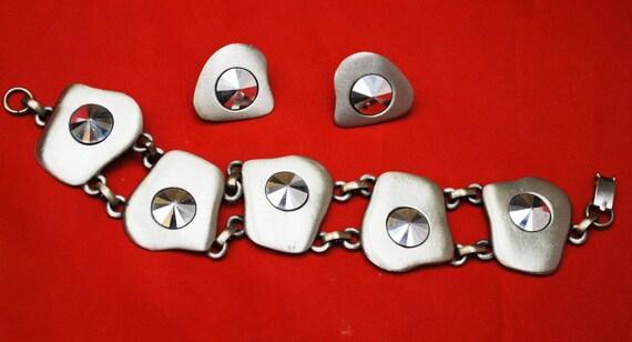 Celebrity Link Bracelet Earring Set  - Grey  Gun Metal silver tone modern design -Marcasite - clip on earrings
