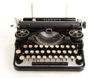 Underwood 3-Bank Portable Typewriter, 1920s