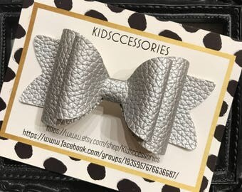 Leather bow - Silver Shinny Embrossed Leather Jaylee style bow