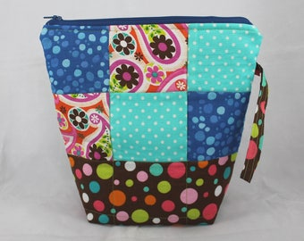"""Patchwork - Sew Sarandipity Small Knitting Project Bag 9""""x 9"""" x 4""""  w/ Zipper, Wrist Strap, Roll Top, Flat Bottom, Lined, Lightly Quilted"""