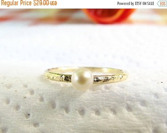 SALE - Pearl gold ring - Tiny pearl ring - Thin pearl ring - Fresh water pearl ring - Dainty pearl ring