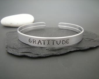 GRATITUDE bracelet, Stamped Quote bracelet, Personalized gift, Custom quote, Minimalistic gift, Positive Gift for a friend, Thankfulness