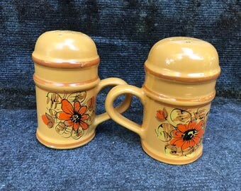 Italian Range Top Salt and Pepper Shakers Made In Italy Signed Yellow Gold Floral Cork Plugs