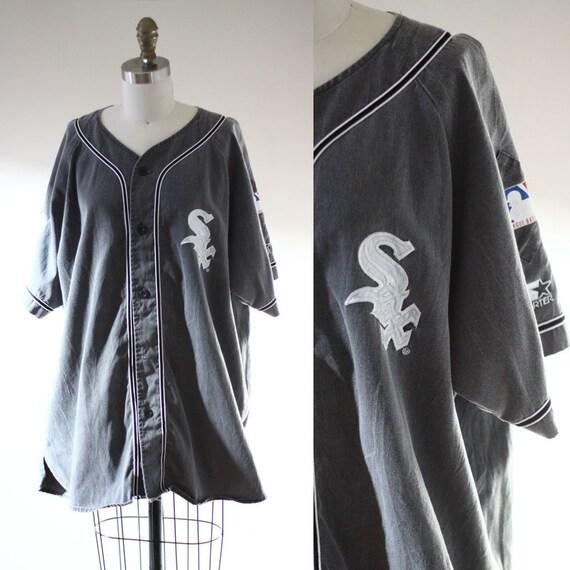 1980s Chicago White Sox jersey // 1980s baseball tshirt // vintage t-shirt