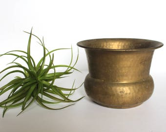 Rustic Vintage Hammered Brass Planter / Vintage Brass Planter / Vintage Hammered Brass Planter / Vintage Rustic Planter / Made in India