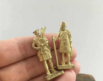 Vintage brass action figurines Set of 2 Brass men statues Miniature brass soldiers