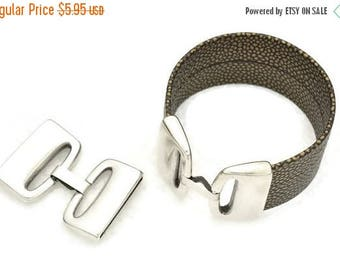 ON SALE 30MM Clasp with Safety Clip for with flat and round Leather Cord (Qty. 1)