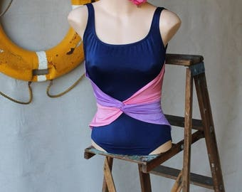Sexy Summer Sale Vintage Navy with Lavender & Pink Scrunching Knot Swimsuit by Rose Marie Reid size 8-10