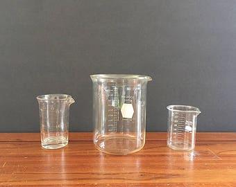 Vintage Chemistry Measuring Cups - Chemistry Measuring Beakers - Vintage Laboratory Glassware - Vintage Lab Equipment - Chemistry Decor