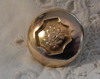 Rose Flower Center Golden Age Button - R & W Robinson Circa 1835 to 1850