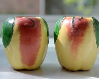 Blushing Apple Salt and Pepper Shakers, Hull Pottery (B)