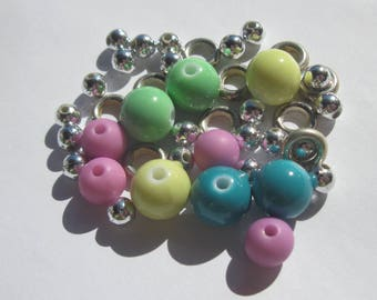 40 Acrylic colors and silver beads with rings 4-10 (PV35-20 mm