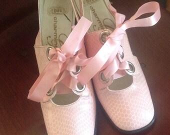Cool Vintage Ladies Pale Pink Mod Shoes.