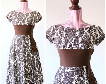 Vintage 1950s Dress / 50s Dress / Chocolate / Cotton / XSMALL