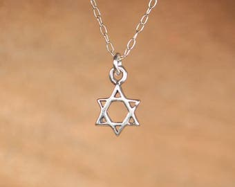 Star of David necklace - silver magen david necklace - jewish star necklace - tiny star charm
