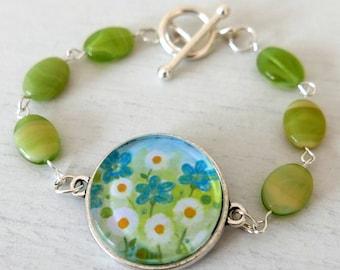 Lime Green Bracelet, Floral Bracelet, Daisy Bracelet, Glass Beads Bracelet, Art Bracelet, Summer Bracelet, Spring Bracelet, Floral Jewellery